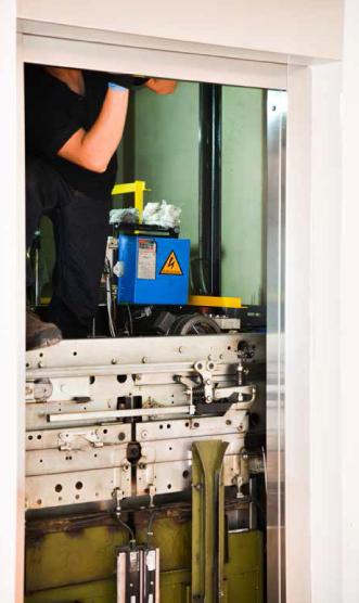 Maintenance et rénovation d'ascenseurs